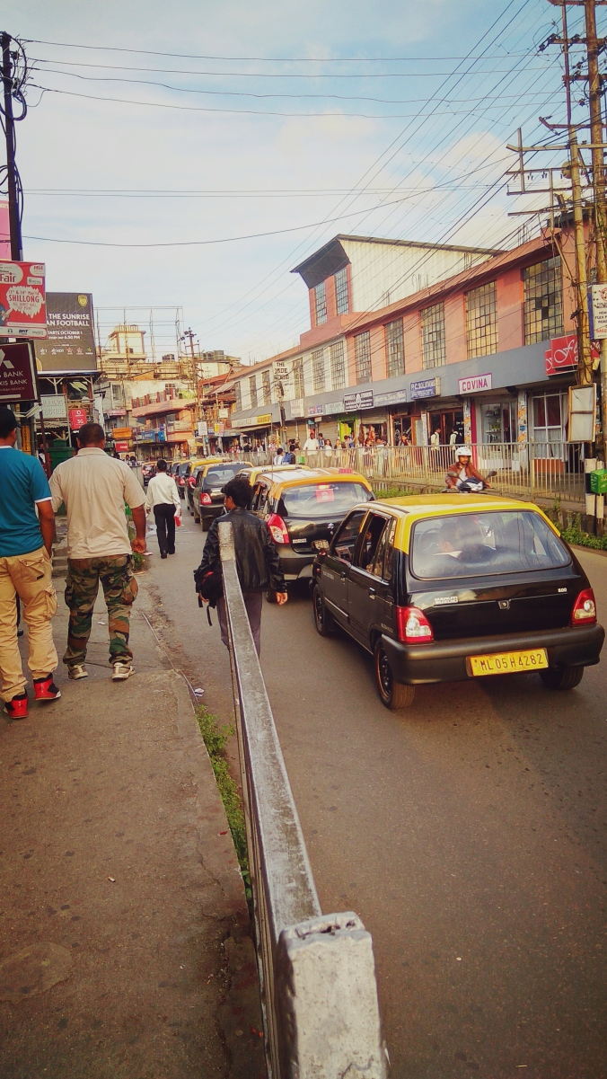 the-famous-black-and-yellow-taxis-of-shillong